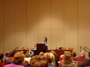 Laurie Halse Anderson speaking at ALAN 2008